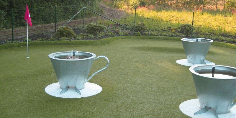 8: Koppje Tee